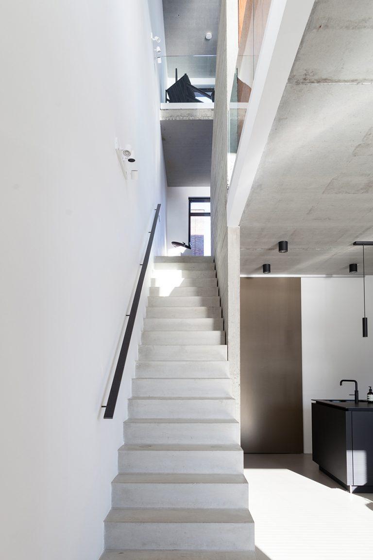 Stadsloft R+F interieur 4 trap keuken
